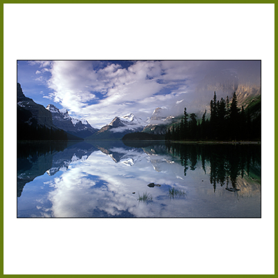Courses Image - Maligne Lake